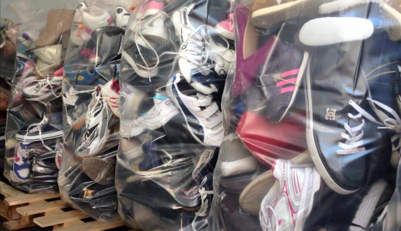 ... nagykereskedés Használtruha és cipő nagykereskedés ... e67fd42234